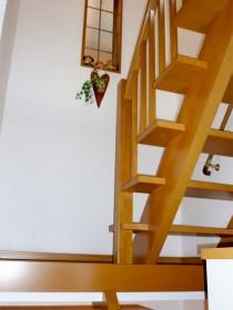吹き抜けの「オープン階段」